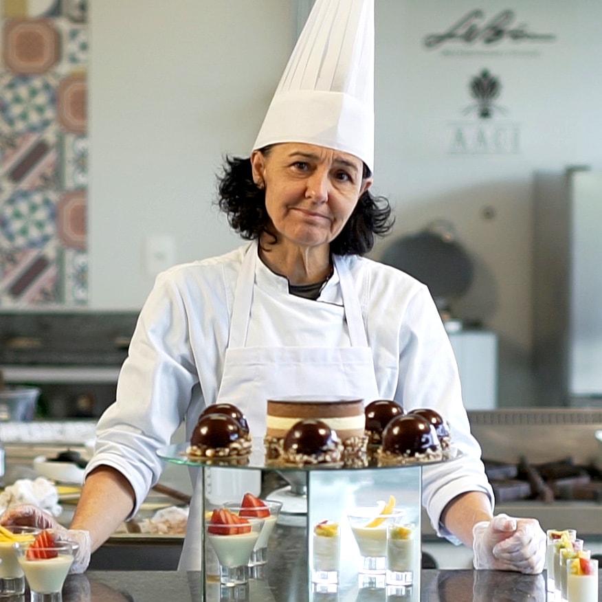 Chef-Sandra-Canela--min